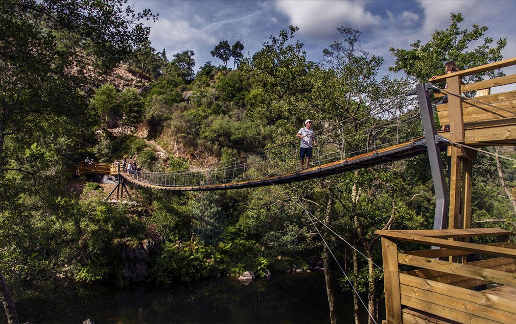 PAIVA WALKWAYS - SUSPENSION BRIDGE